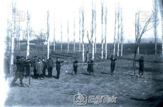 İnegöl Şükrü Naili Paşa İlk Mektebi Hendese(Geometri)Uygulaması 1926
